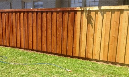 fence-staining-charlotte-nc